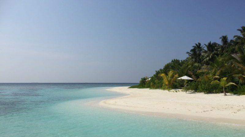 Nalaďte sa na dovolenku. 9 krásnych pláži, pre ktoré sa hneď začnete baliť